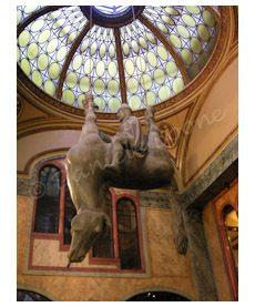 Monument au prince Venceslas par David Černý