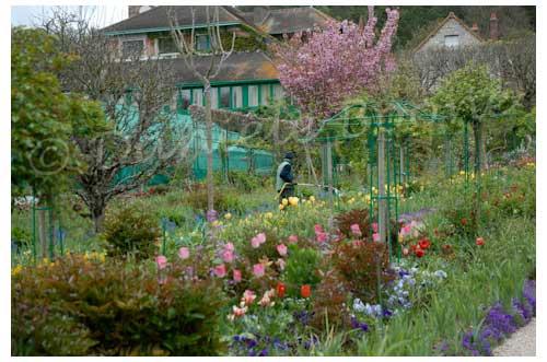 Dix jardiniers contribuent à la beauté du jardin © Danièle Boone