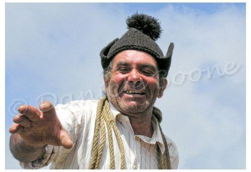 Paysan portant le barret, un bonnet traditionnel © Danièle Boone